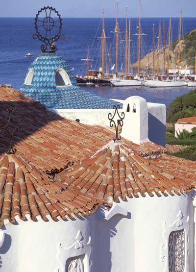Sardinia_rooftops