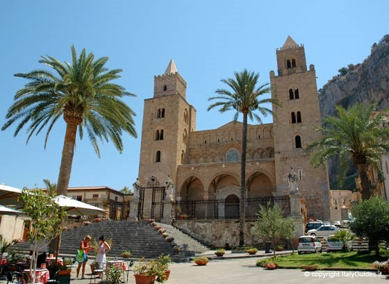 Norman Cathedrals medieval buildings French Muslim architecture religious Christian | Things to see and do free activities in Sicily | Essential Italy luxury self-catering accommodation apartments villas hotels | Holidays breaks getaways families couples | Book online Sardinia Tuscany Umbria Puglia Abruzzo