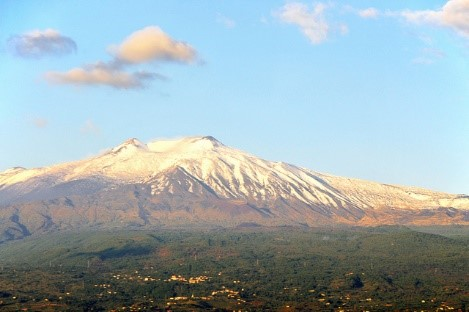 Mount Etna Sicily 10 reasons to visit with Essential Italy