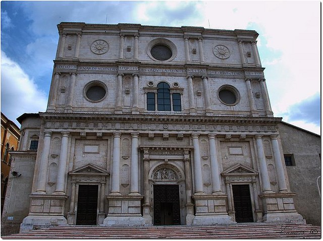 Basilica di San Bernardino, L'Aquila, near our villas in Abruzzo Essential Italy