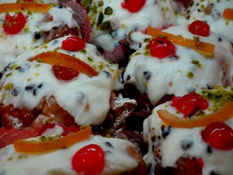 Sfince San Giuseppe food to enjoy at apartments for rent in Italy Essential Italy