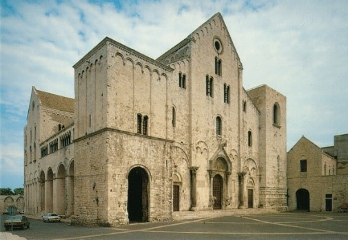 Basilica di San Nicola, Bari, near our Puglia villas and hotels