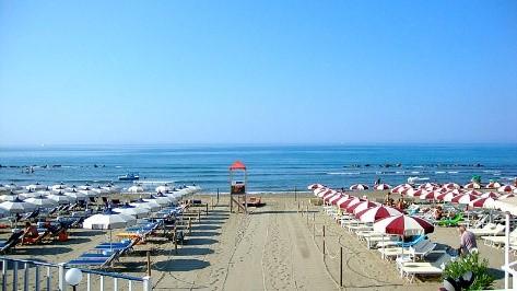 'Five sail' beach at Castiglione della Pescaia, Tuscany