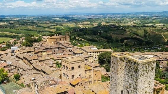 San Gimignano near Essential Italy luxury villas in Tuscany