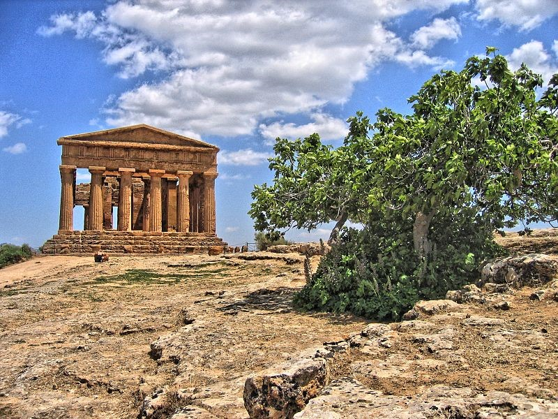 The Valley of the Temples, Agrigento – visit on your Sicily holidays
