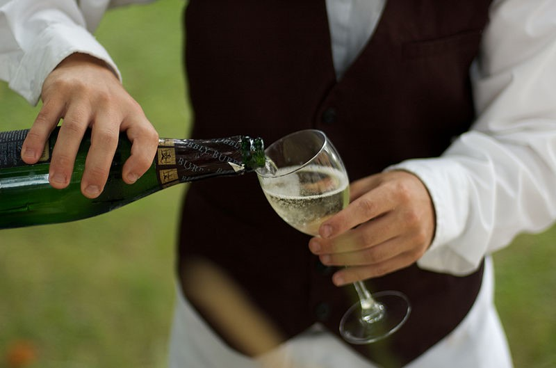 A glass of Prosecco enjoyed at our Tuscan villas