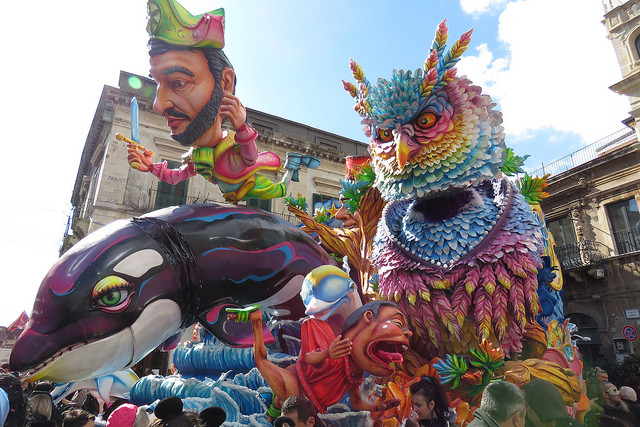 Witness the amazing Carnival of Acireale during your holiday to Sicily this 2016