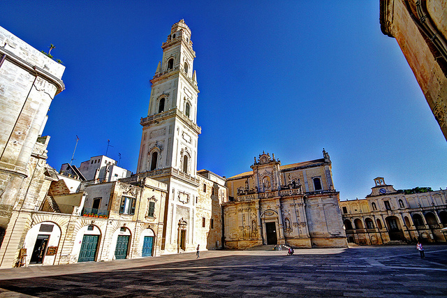 Visit Lecce and its Baroque architecture on your holidays to Puglia