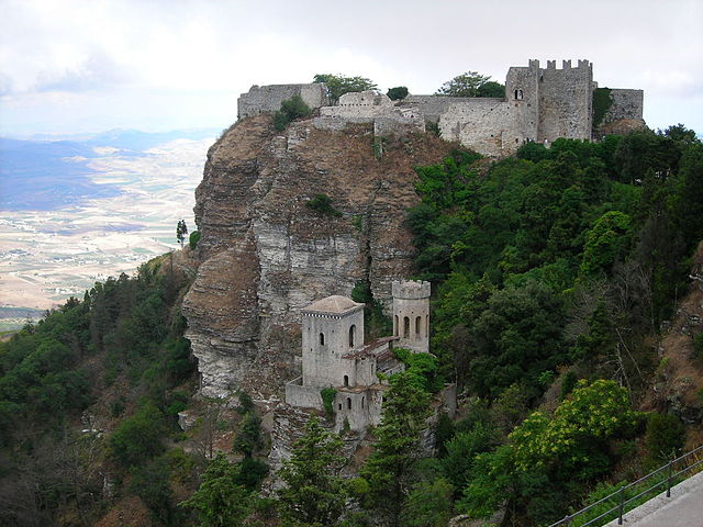 Erice castle – family friendly activities near our Sicily villas