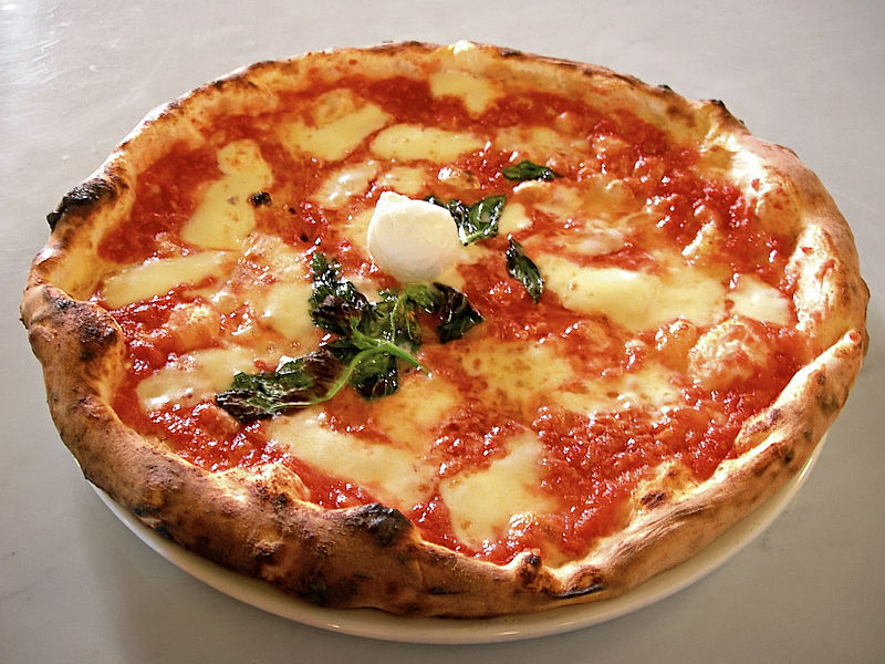 Margherita pizza made near our Italy villas