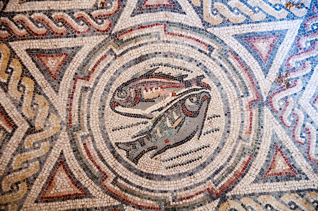 Visit the Villa Romana del Casale mosaics, Piazza Armerina, on family holidays in Sicily