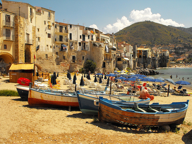 Festival of San Salvatore in Cefalu near our villas in Sicily