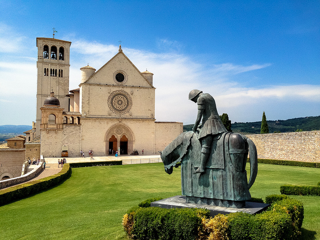 Basilica di San Francesco, Assisi, churches and cathedrals near our villas Umbria