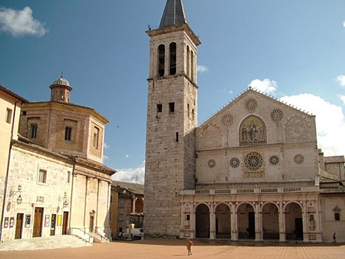 Spoleto Cathedral, churches and cathedrals near our villas Umbria