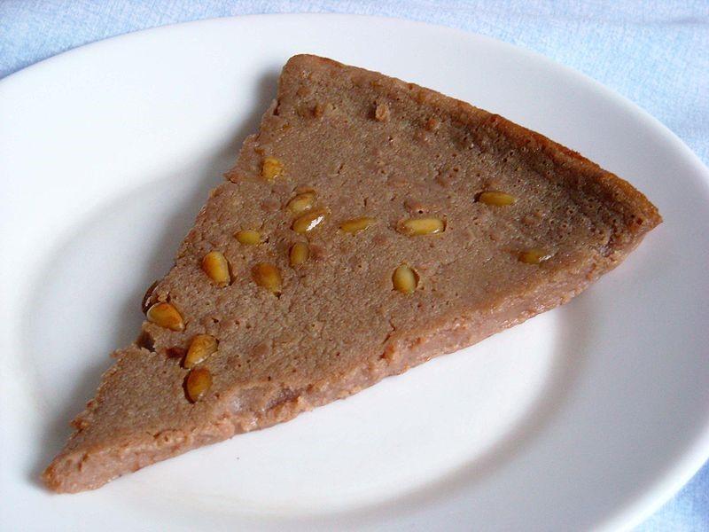 Castanagnaccio, a dense cake found in Italy