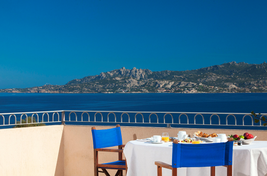 beautiful coastline views in Sardinia accessible from apartments and villas in Italy