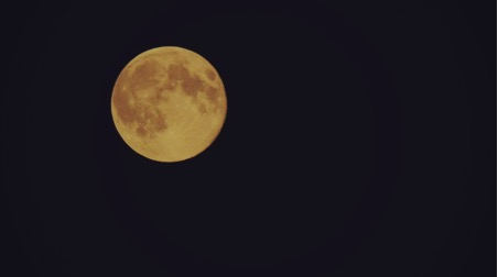 supermoon seen from our villas in Sicily