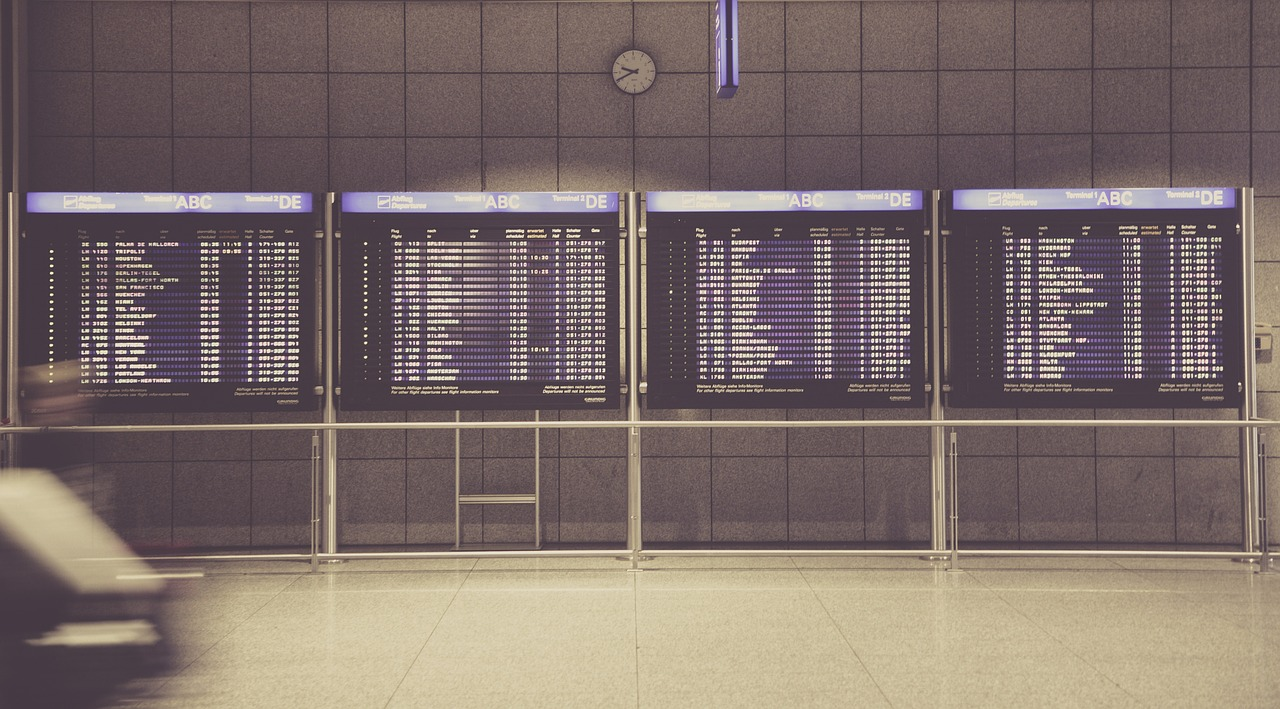 Check airport flight boards before your italian holidays.