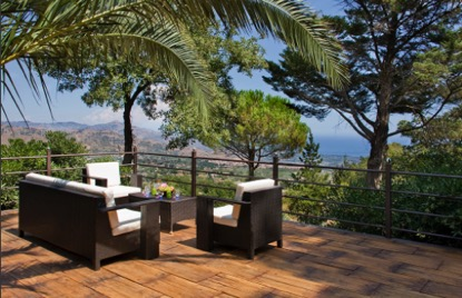 villas in Sicily and umbria villa holidays are some of the most beautiful villas in the Mediterranean with stunning landscape views.
