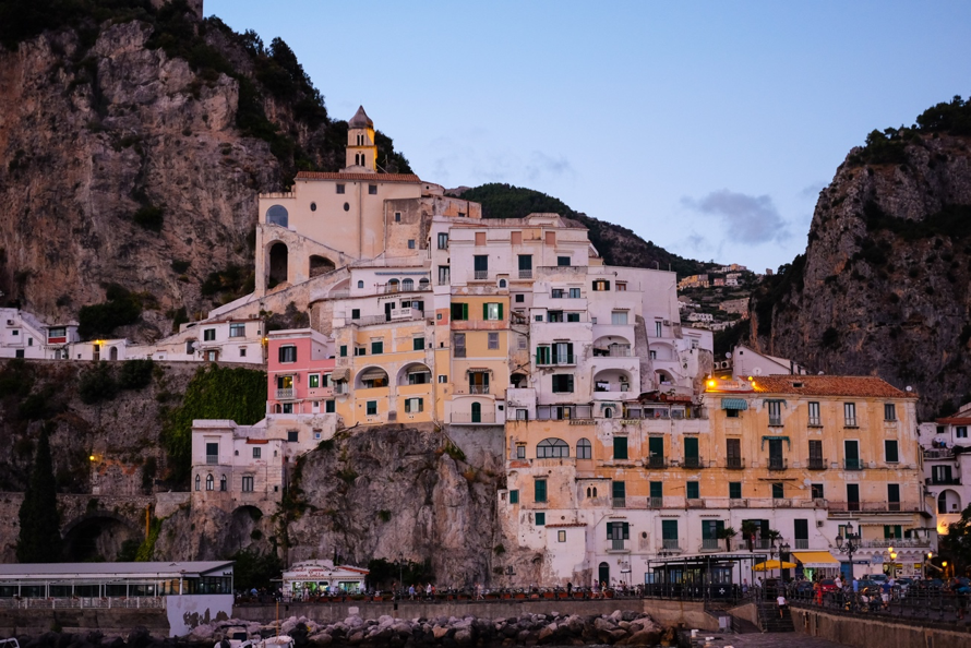 white wash villas in Italy along the Amalfi Coast.