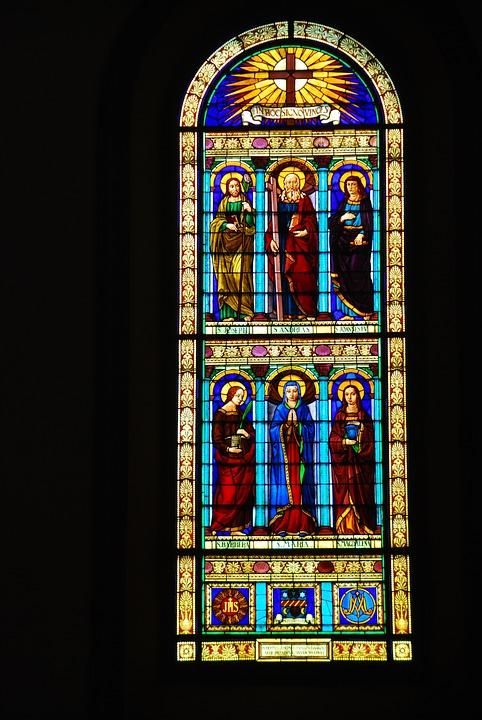 Stain glass window Vinci
