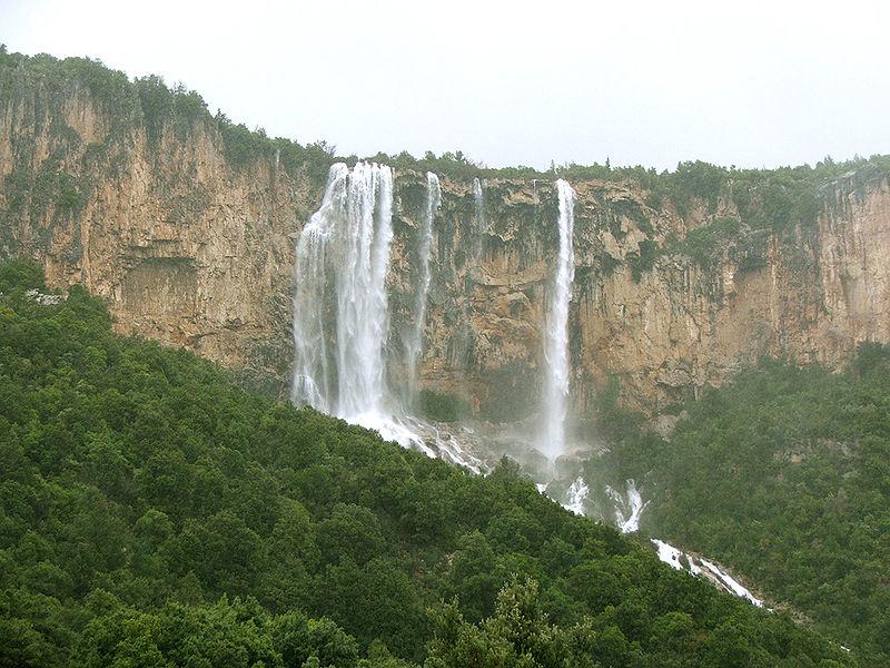 Piscina Irgas Waterfall.