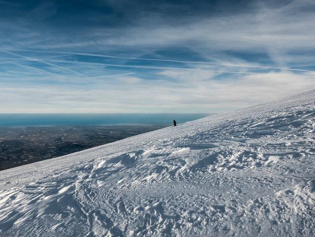 Ski slopes on a mountain in Abruzzo.