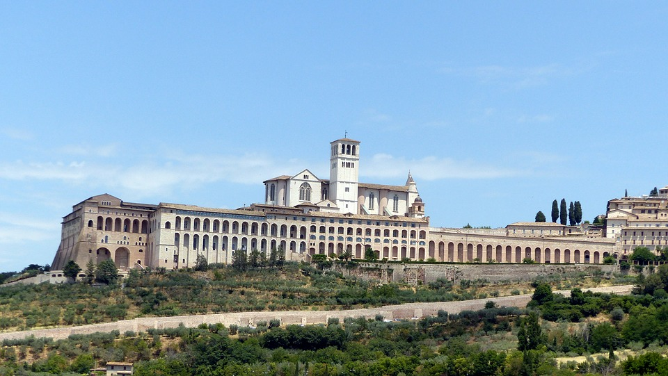 A distant view of the Basilica di San Francesco in Assisi