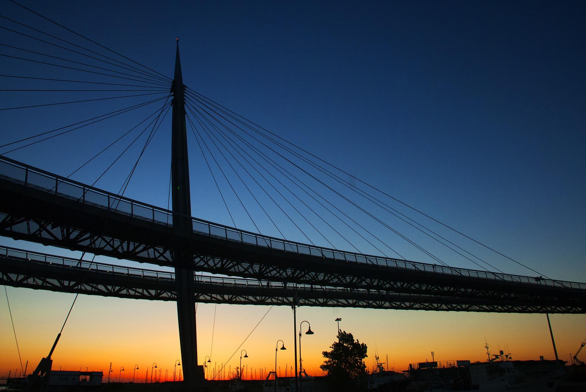 Ponte del Mare bridge in the sunset.